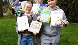 Więcej o: Plastyczne sukcesy naszych uczniów!